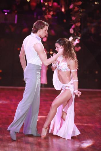 Raul Richter mit Melissa Ortiz-Gomez bei Lets dance (c) RTL / Andreas Friese
