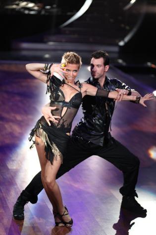 Sylvie van der Vaart - sexy, wie nie in Sendung 2 von Lets dance 2010