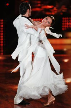 Sophia Thomalla in Lets dance 6 - sehr fraulich - (c) RTL / Andreas Friese
