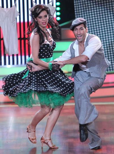 Liliana Matthäus und Massimo Sinato bei Lets Dance 2011 - Foto: (c) RTL / Stefan Gregorowius