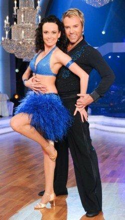 Uwe Kröger mit Babsi Koitz bei den Dancing Stars 2011 - Foto: ORF/Ali Schafler