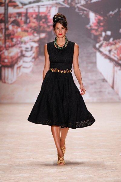 lena hoschek mode der 50er jahre zur fashion week berlin 2011 mit sommermode 2012. Black Bedroom Furniture Sets. Home Design Ideas