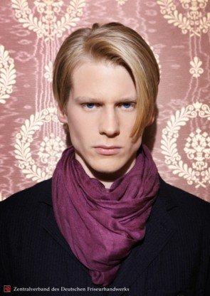aktuelle Frisuren für Männer im Dandy-Look