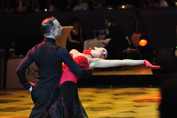Adrian und Johanna-Elisabeth Klisan zur Deutschen Meisterschaft 2012 Kür Latein der Professionals März 2012 - Bild 2