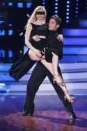 Christian Polanc mit Joana Zimmer bei Lets dance 2012 - Foto: (c) RTL / Stefan Gregorowius