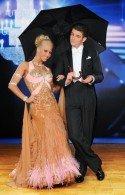 David Heissig bei den Dancing Stars 2012 mit Kathrin Menzinger - Foto: (c) ORF - Ali Schafler