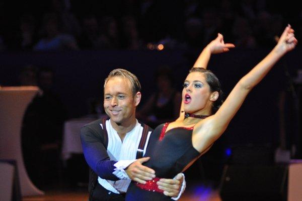 Federico Slemties und Alessja Sapadenskaja zur Deutschen Meisterschaft 2012 Professionals Kür Latein März 2012 - Bild 1