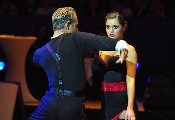 Federico Slemties und Alessja Sapadenskaja zur Deutschen Meisterschaft 2012 Professionals Kür Latein März 2012 - Bild 2