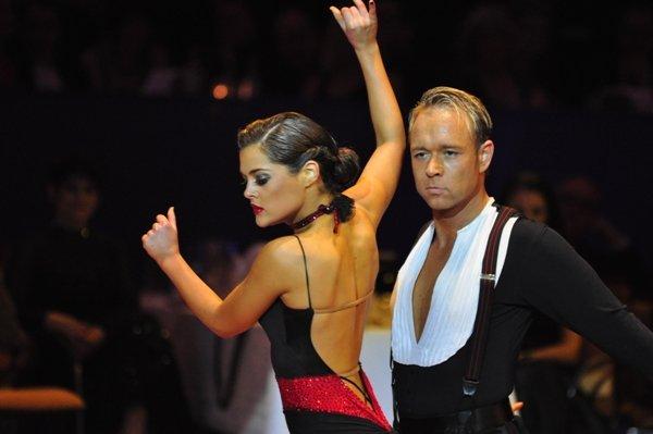 Federico Slemties und Alessja Sapadenskaja zur Deutschen Meisterschaft 2012 Professionals Kür Latein März 2012 - Bild 4