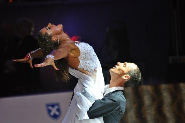Jurij und Aleksandra Kaiser zur Deutschen Meisterschaft 2012 Professionals Kür Standard und Latein März 2012 - Bild 2