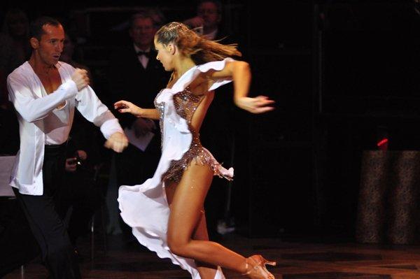 Jurij und Aleksandra Kaiser zur Deutschen Meisterschaft 2012 Professionals Kür Standard und Latein März 2012 - Bild 3