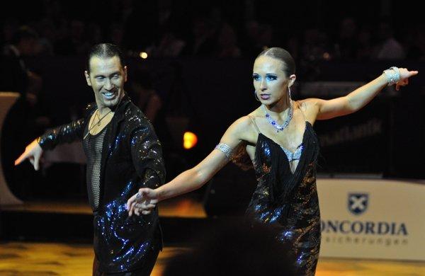 Sergey Oladyshkin und Anastasia Weber zur Deutschen Meisterschaft 2012 Professionals Kür März 2012 - Bild 2