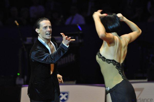 Valera Musuc und Nina Trautz zur Deutschen Meisterschaft 2012 Professionals Kür Latein März 2012 - Bild 3