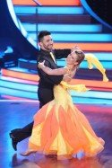 Stefanie Hertel bei Let's dance 2012 im Halbfinale ausgeschieden - Foto: (c) RTL / Stefan Gregorowius