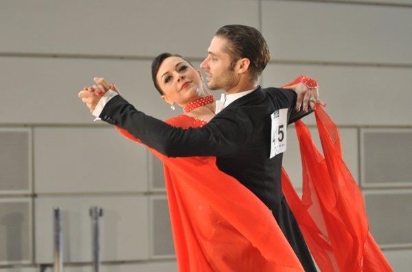 Pawel und Partnerin beim Pro-Am-Turnier Standard-Tänze Mannheim 2012