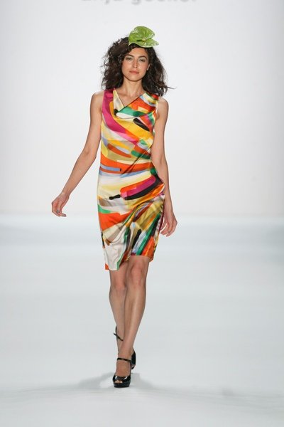 Bunte Mode von Anja Gockel zur Fashion Week Berlin 2012