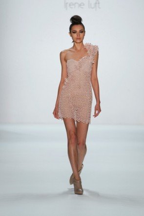 Transparentes Kleid von Irene Luft zur Fashion Week Berlin im letzten Jahr
