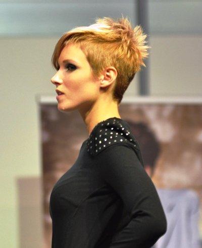Futuresk - Trendfrisur Damen Herbst 2012 - Winter 2013