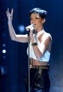 """Rihanna bei """"Wetten, dass..?"""" am 8. Dezember 2012 - Foto: (c) ZDF, Sascha Baumann"""