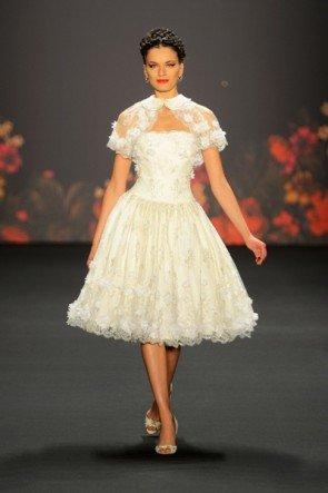 Lena Hoschek zur Mercedes Benz Fashion Week 2013 - hier ein Foto von der letzen Show