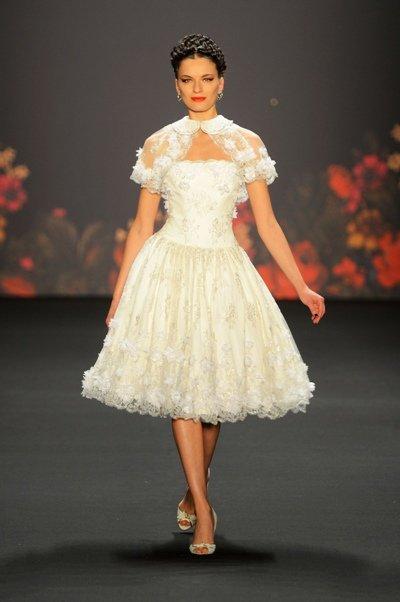 Lena Hoschek zur Mercedes Benz Fashion Week 2013 Januar - 01