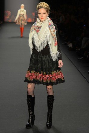 Lena Hoschek zur Mercedes Benz Fashion Week 2013 Januar - 14