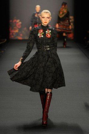 Lena Hoschek zur Mercedes Benz Fashion Week 2013 Januar - 15