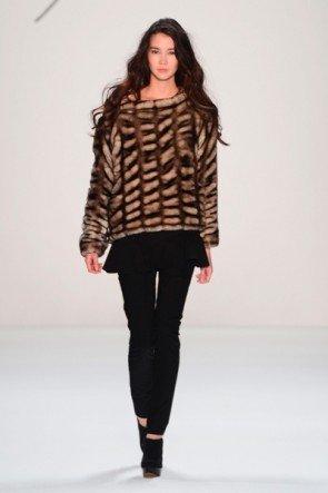 Mode von Minx by Eva Lutz zur MB Fashion Week Berlin 2013 - 12