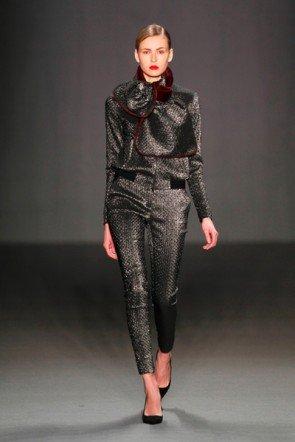 Wintermode von Schumacher zur Mercedes Benz Fashion Week 2013 - 5