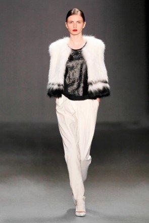 Wintermode von Schumacher zur Mercedes Benz Fashion Week 2013 - 7