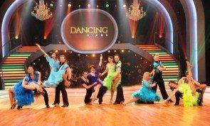 Dancing Stars 2013 - Promi-Damen in Show 2 mit Quickstep und Rumba - Foto: ORF - Ali Schafler