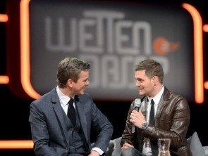 """Michael Buble auch am 14.12.2013 Gast bei """"Wetten, dass..?"""" - hier mit Markus Lanz in der Show zu Beginn des Jahres - Foto: (c) ZDF - Sascha Baumann"""