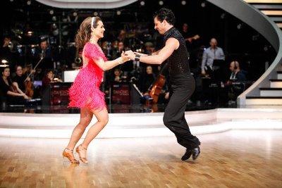 Thomas Kraml - Angelika Ahrens beim Jive - Dancing Stars 2013 Show 4 - Foto: (c) ORF - MILENKO BADZIC