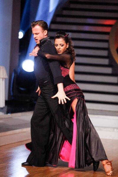 Willi Gabalier - Marjan Shaki mit Höchstpunktzahl der Dancing-Stars-Jury zu Ostern in Show 4 - Foto: (c) ORF - MILENKO BADZIC