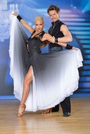 Lukas Perman - Kathrin Menzinger vor der 5. Show der Dancing Stars 2013 - Foto: ORF - Ali Schafler