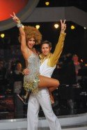 Kathrin Menzinger - Lukas Perman beim Discofox der Dancing Stars 2013 - Foto: ORF - Ali Schafler