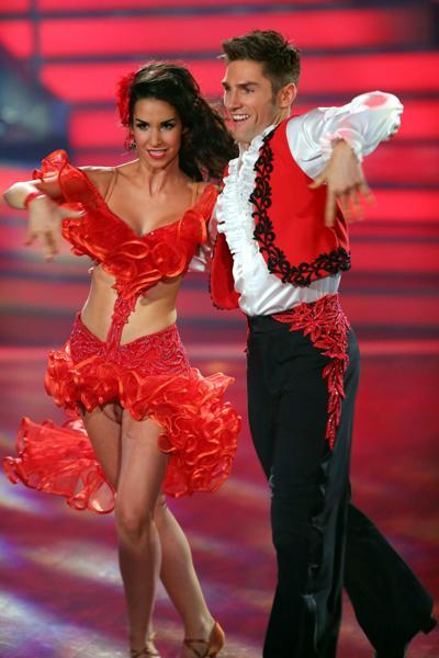 Sila Sahin - Christian Polanc im Finale von Let's dance 2013 - Preisfrage: Welchen Tanz tanzen beide? - Foto: (c) RTL / Stefan Gregorowius