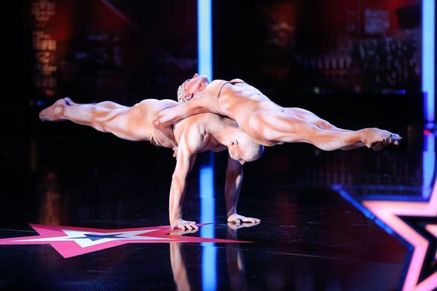 Stars der 1. Show vom Supertalent 2013 - Äqulibristen Richard Jecsmen - Yana Semilet