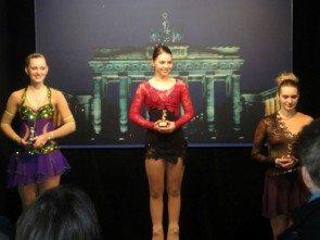Eiskunstlauf - Nachwuchs - Kleiner Berliner Bär 2014 - v.l.n.r. Julia Klingenberg, Juliane Gerber, Patricia Marciniak