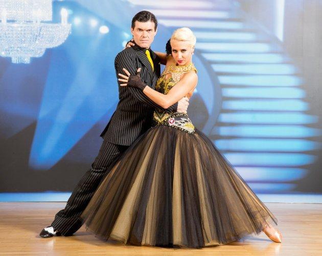 Dancing Stars 2014 - Hubert Neuper - Kathrin Menzinger stark und schön im Halbfinale - Foto: (c) ORF – Hans Leitner