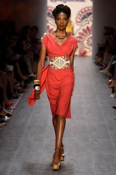 lena hoschek goes to africa fashion week berlin am 8. Black Bedroom Furniture Sets. Home Design Ideas