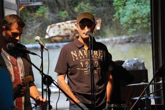 Wolfgang Petry und Achim Petry beim Video-Dreh zu Rettungsboot - Foto: (c) Na Klar Records
