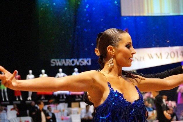 Susan Fichte vom Sieger - Tanzpaar - Deutsche Meisterschaft Latein 2014 WDC GAL - DTV AL - Foto: (c) Salsango - Karsten Heimberger