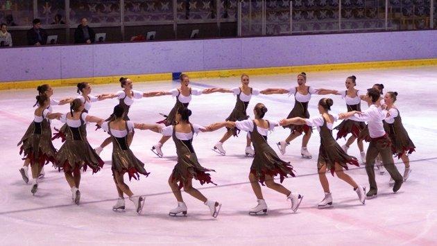 Eiskunstlauf Synchron Team Berlin 1 - Berliner Meisterschaft Eiskunstlauf 2015 - Foto: (c) Salsango - Karsten Heimberger