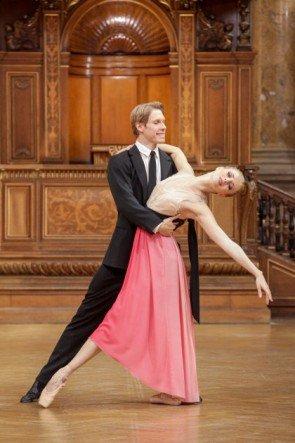 Kirill Kourlaev - Olga Esina vom Wiener Staatsballett zum Neujahrskonzert  2015 - Foto: (c) ORF - Günther Pichlkostner