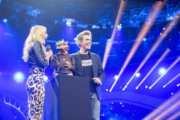 Sascha Gramel mit Helene Fischer in der HFS 2014 - Foto: (c) ZDF und Sandra Ludewig