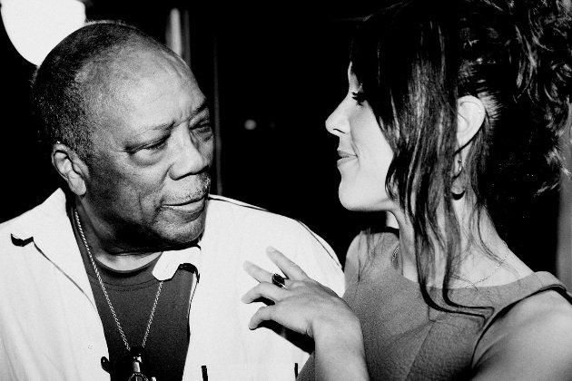Zaz (hier mit Quincy Jones) zu Gast bei Schlag den Raab am 20.12.2014 - Foto: (c) Yann Orhan