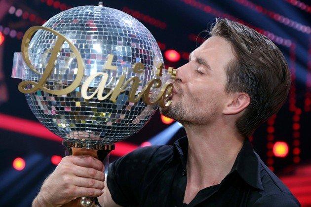 Wer gewinnt  Let's dance 2015 - Foto: © RTL – Stefan Gregorowius