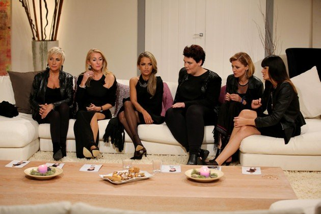 Deutschlands schönste Frau am 11.3.2015 - Alle Kandidatinnen - v.l. Rita, Susana, Ramona, Georgia, Erna, Roaya - Foto: © RTL - Ralf Jürgens
