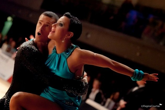 Andrej Skufca & Melinda - Europameister 2015 Latein WDC Profi-Tänzer - Foto:(c) Regina Courtier